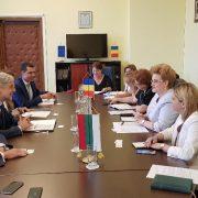 Работно посещение на министър Нено Димов в Букурещ