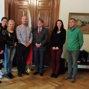 Среща с представители на самодейни танцови състави от България